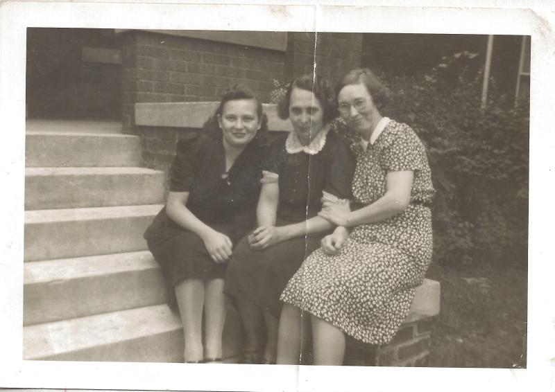 Maxine and Pearl Butler and Marjorie Ralston
